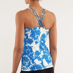 Lululemon Free To Be Strapy Tank Blue Lace Print 6
